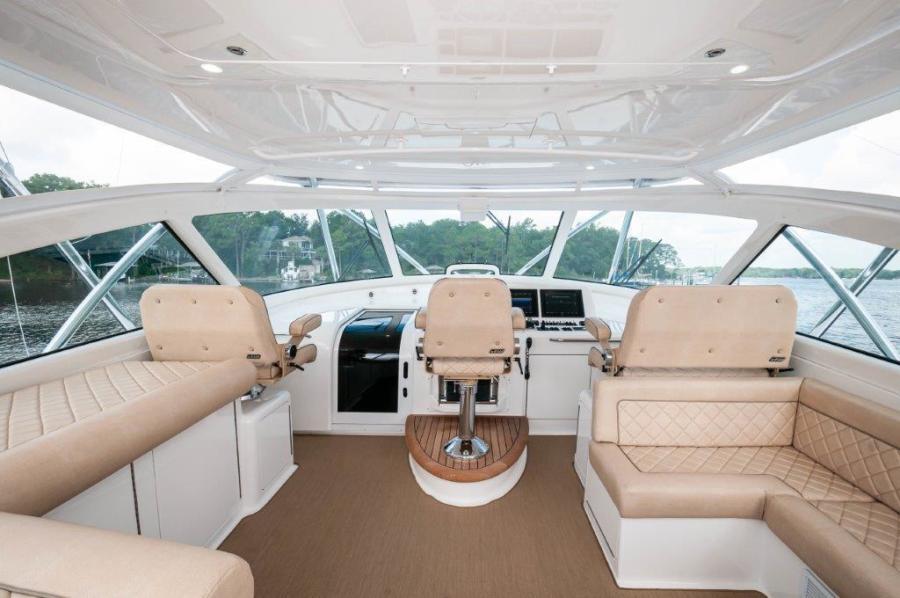 2015 Viking 52 Open Command Deck (2)