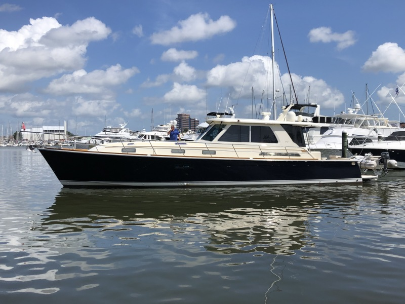Photo of 52' Sabre 52 Salon Express 2009