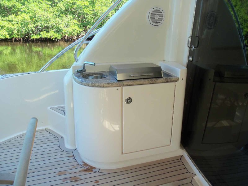 Aft Deck Grill And Sink