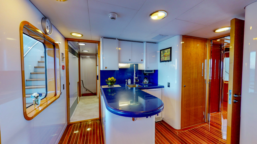 Feadship 153 - EXCELLENCE - Galley