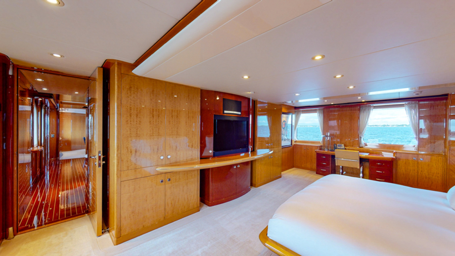 Feadship 153 - EXCELLENCE - Master Stateroom
