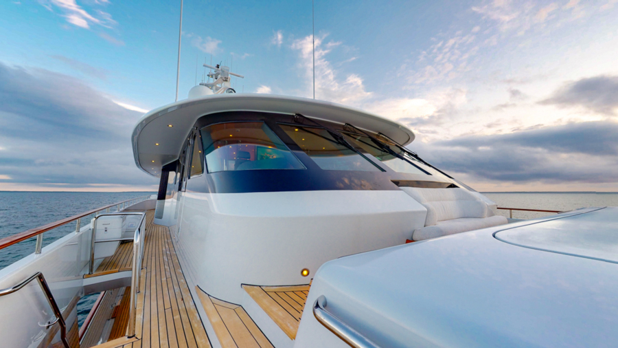 Feadship 153 - EXCELLENCE - Foredeck
