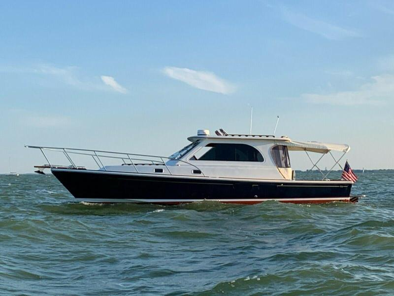 Hunt Yachts-Harrier 36 2010 -La Salle-Michigan-United States-1467972-featured