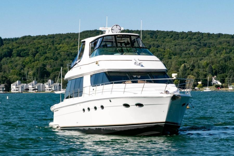 Carver-Voyager 2001-IMPULSE III Boyne City-Michigan-United States-1464582-featured