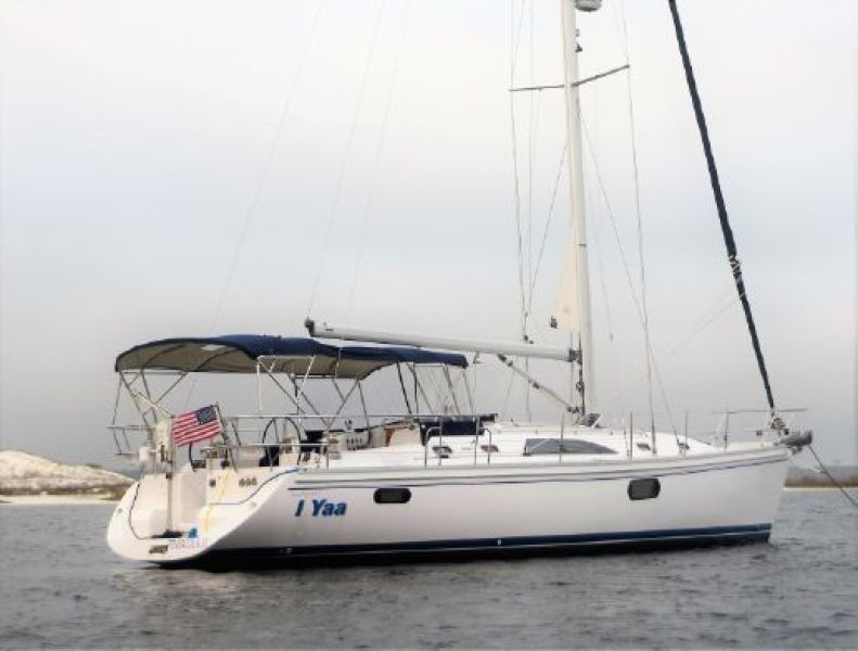 photo of 44' Catalina 2014