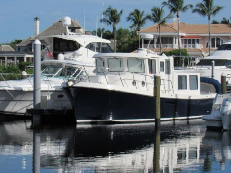 American Tug 2010 -Fort Myers-Florida-United States-1469882-featured