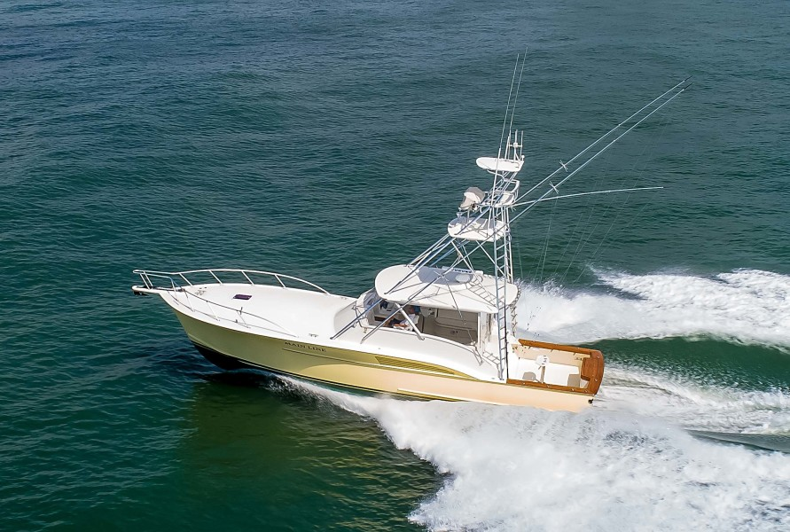 Photo of 47' Jarrett Bay Custom Carolina Express 2004