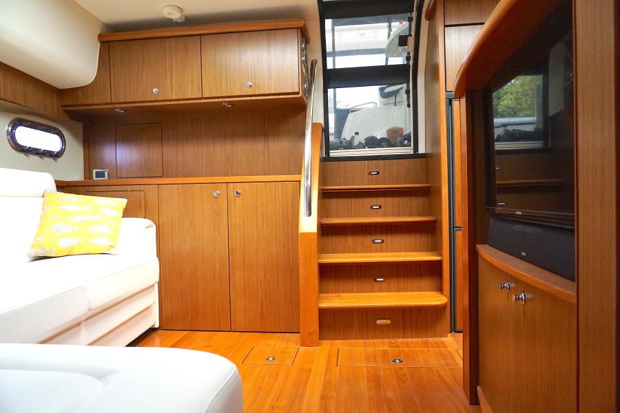 2015 45 Tiara Sovran Captains Choice CABIN STEPS