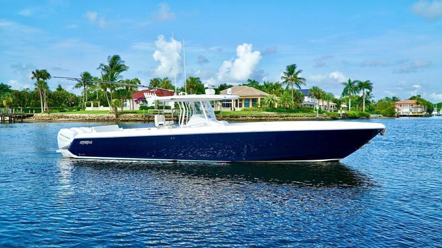 Intrepid 2011 -Palm Beach Gardens-Florida-United States-1480696-featured