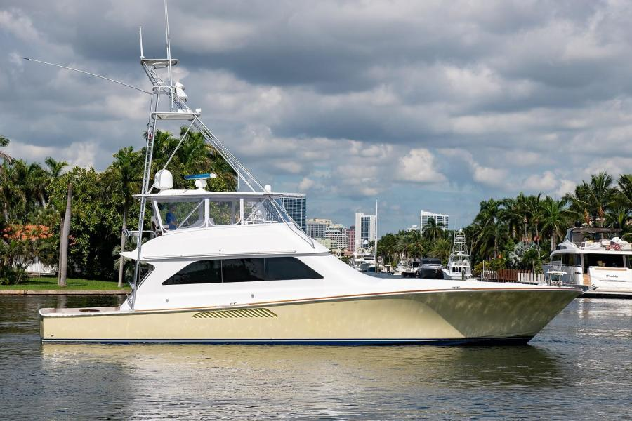 Viking 2001-CHIEF Fort Lauderdale-Florida-United States-1484177-featured