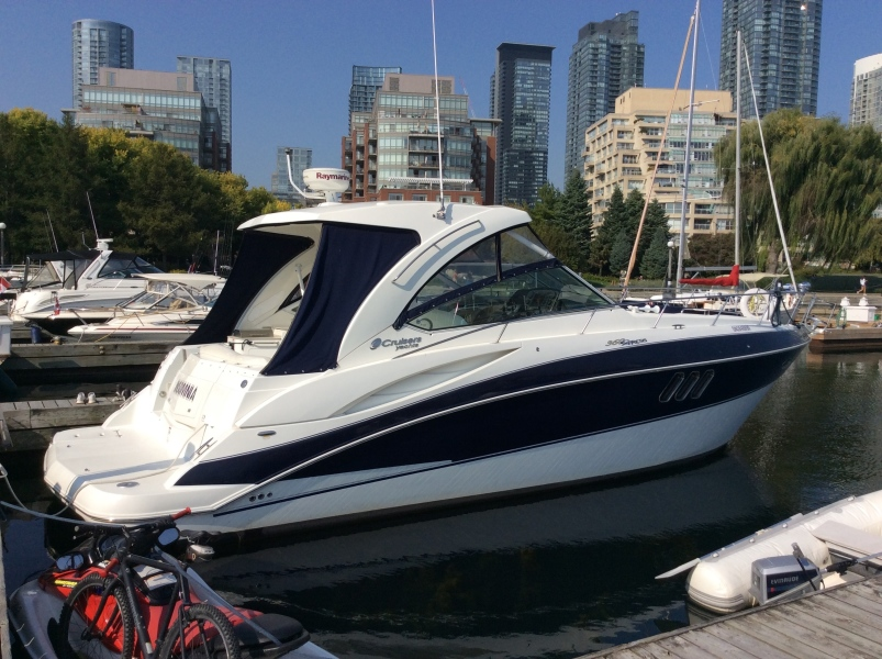 Cruisers Yachts-Express 360 2011-Insomnia Toronto-Canada-1499121-featured