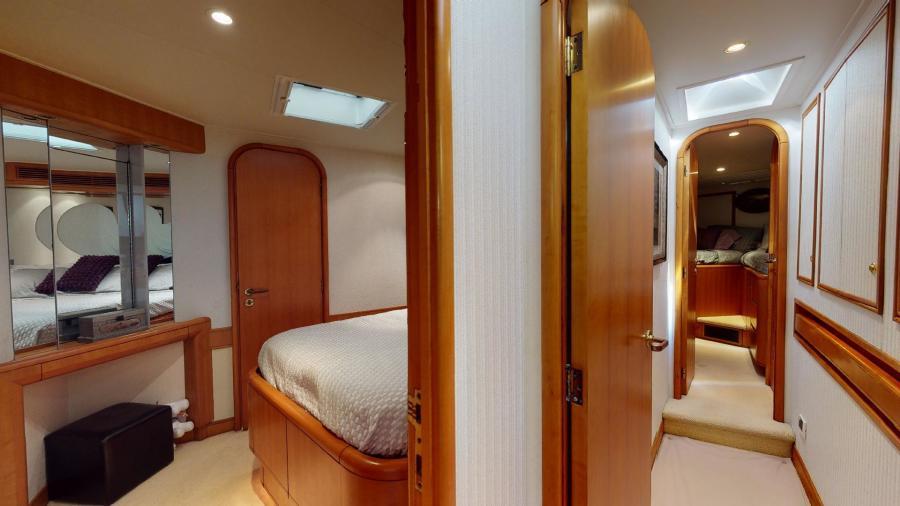 VIP Stateroom - Companionway