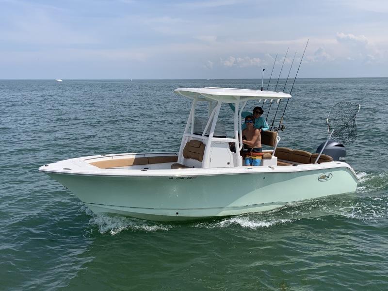 Photo of 22' Sea Hunt 225 Ultra 2019