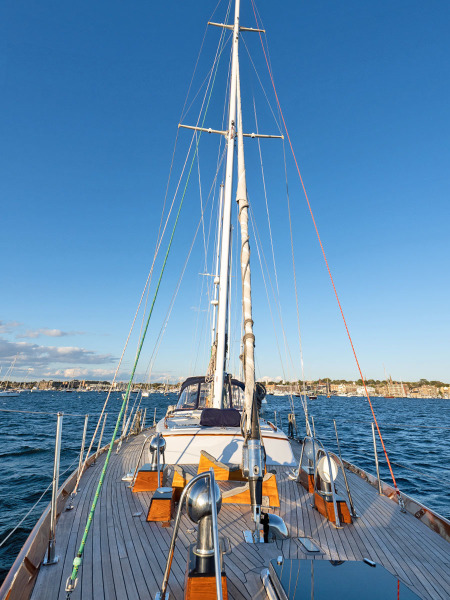 Foredeck, Looking Aft