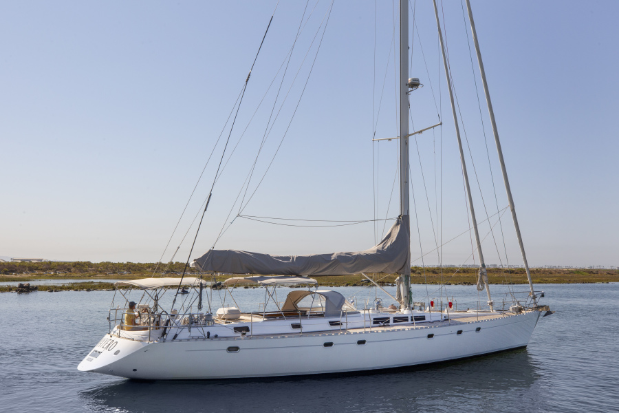 Photo of 65' Dufour 1995