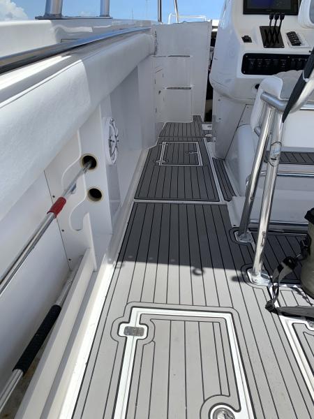Tempest 40 - COSITA BELLA - Deck