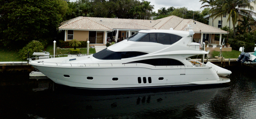 Photo of 72' Marquis Tri-Deck 2009
