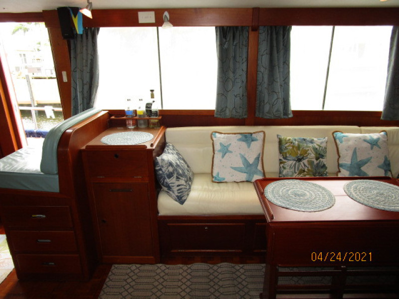 42' Grand Banks salon starboard