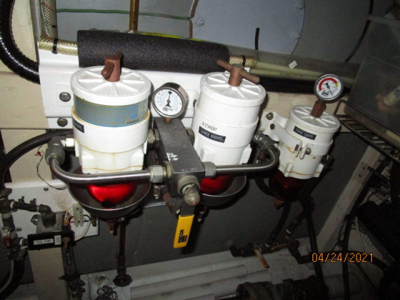 42' Grand Banks starboard Racor fuel filters