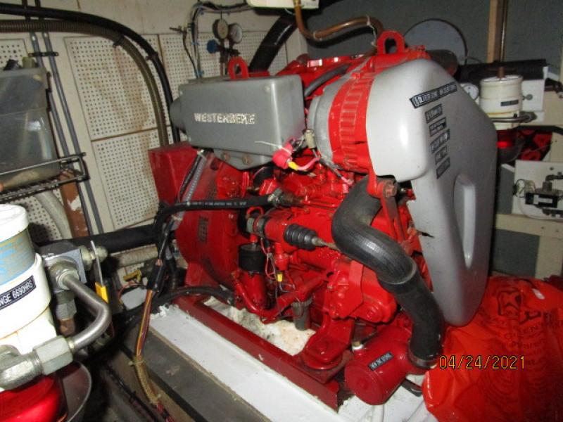 42' Grand Banks generator1