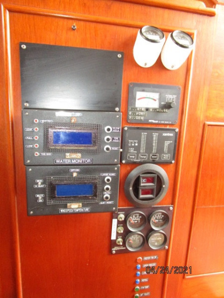 42' Grand Banks lower helm systems monitoring panels