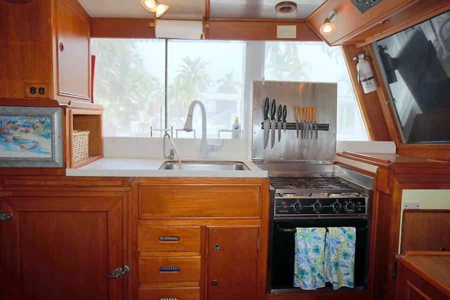 42' Grand Banks galley2