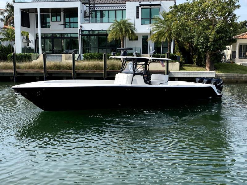 SeaVee-cc 2009-Vanish 3 Miami -Florida-United States-1511822-featured