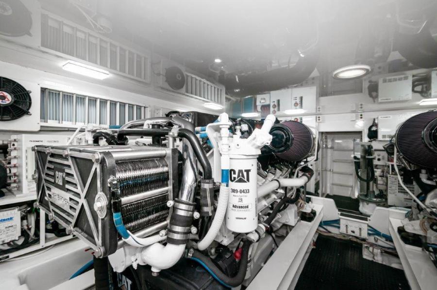 2014 66 Viking Engine Room (2)
