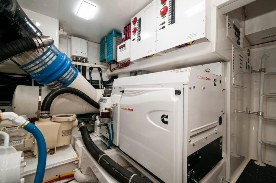 2014 66 Viking Stbd Generator