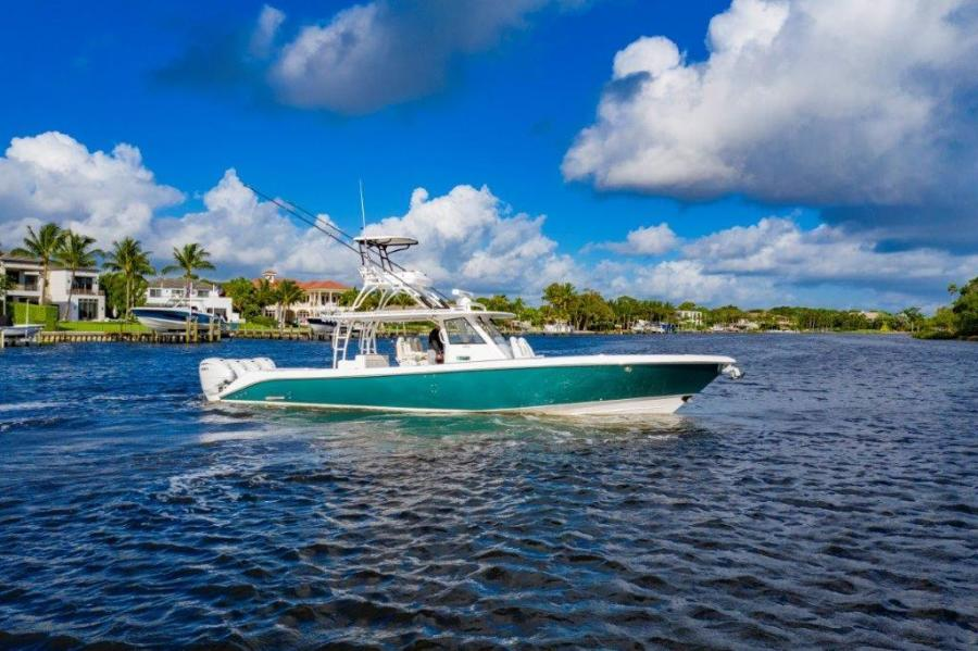 Photo of 43' Everglades 435 Center Console 2019