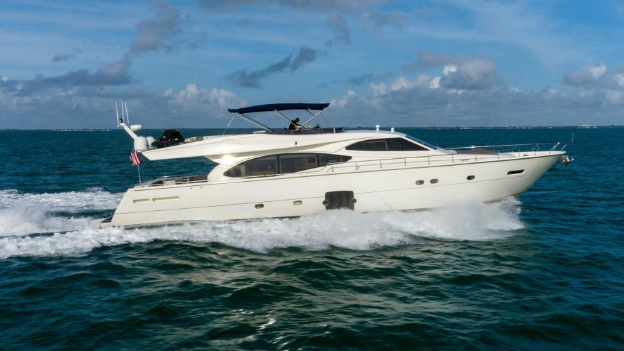Photo of 78' Ferretti Yachts 780 Fly bridge 2007