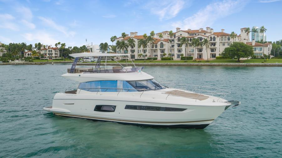 Prestige-Flybridge 2015-Aqua Miami-Florida-United States-1545927-featured