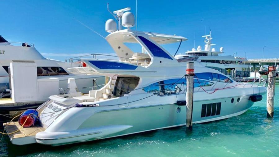 Azimut-Flybridge 2014-Fair Niente Miami Beach-Florida-United States-1546109-featured