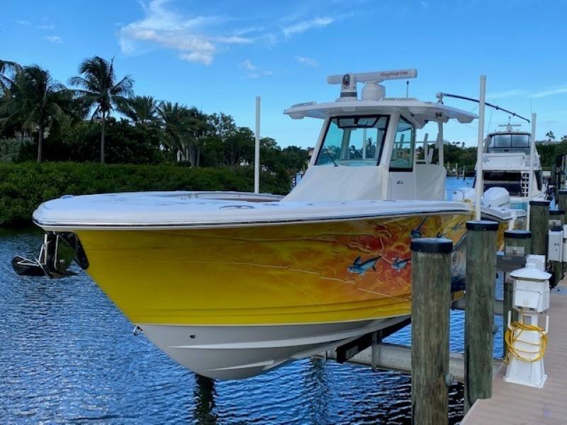 Caymas-3411CC 2020 -Sarasota-Florida-United States-1548392-featured