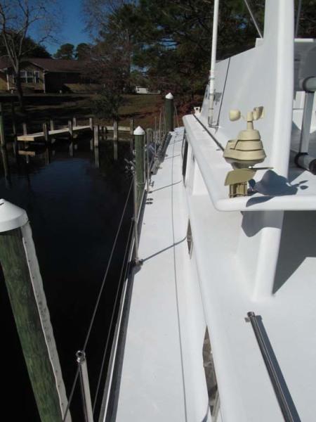 Side Deck Port Foward