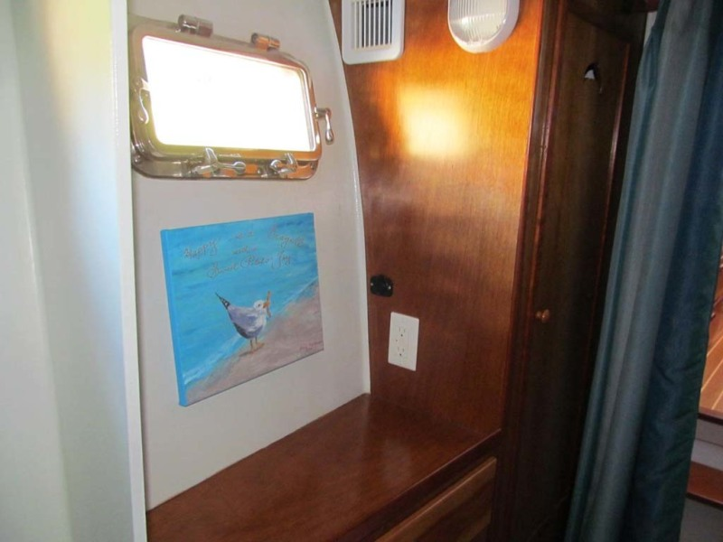 40 Starboard Berth Outboard