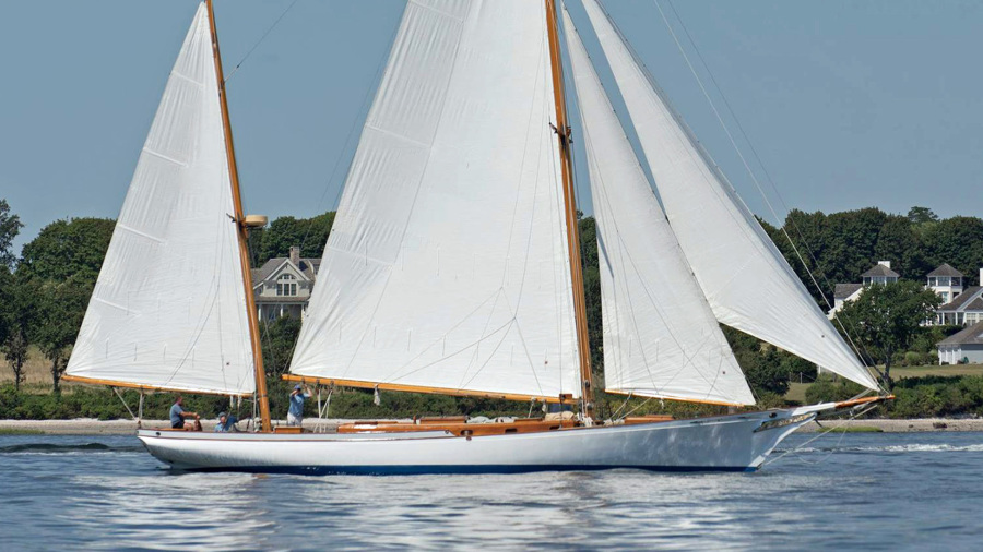 Photo of 58' Herreshoff Bounty 58 2004