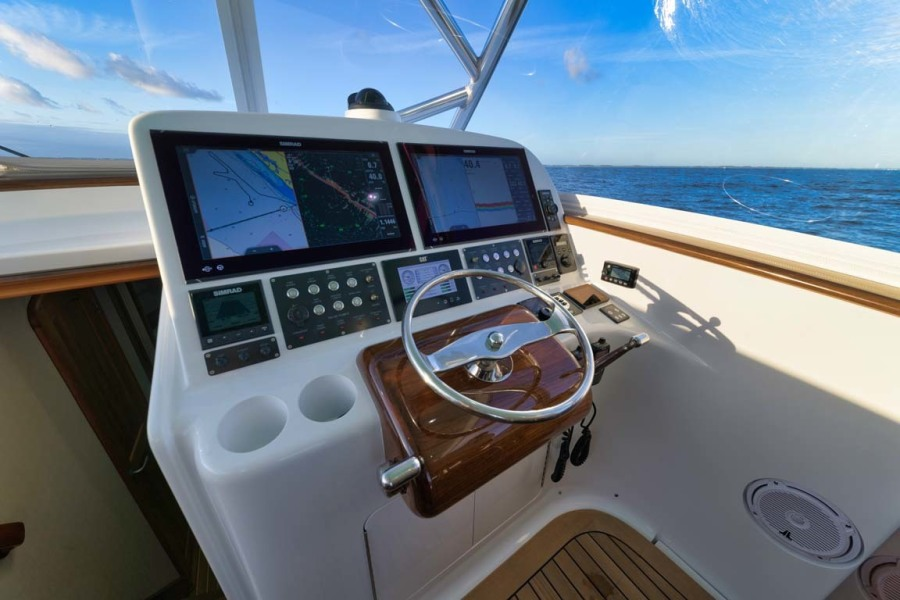 Teak Helm Pod with Palm Beach Style Single Lever Controls and Bow Thruster Integration
