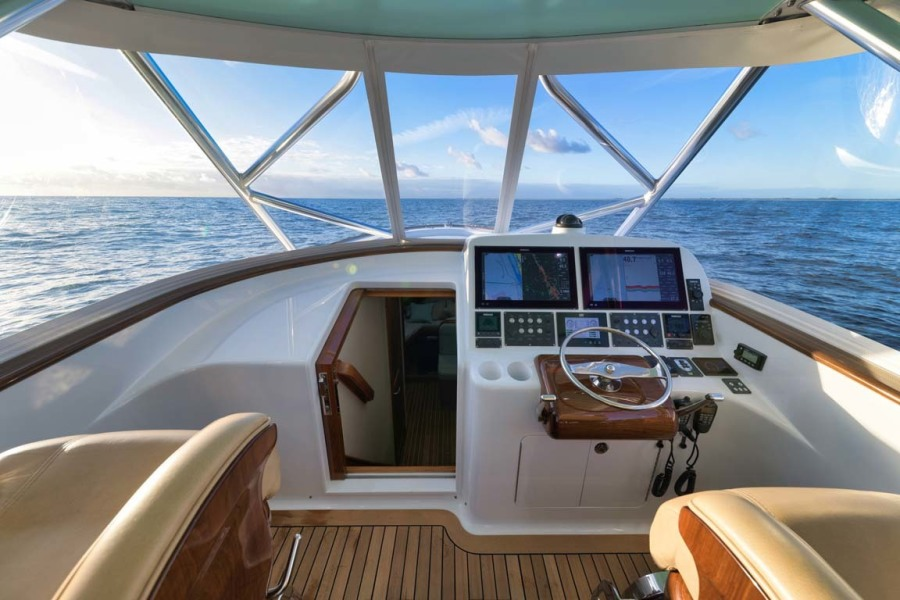 Cabin Access and Helm