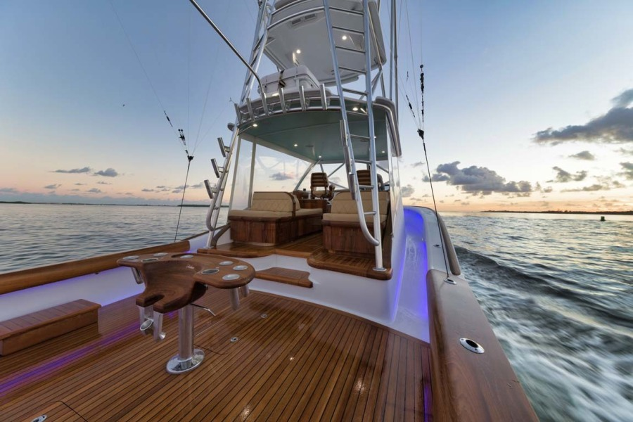 Cockpit Starboard Side