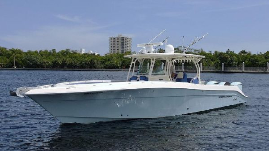 Hydra-Sports-42 Center Console 4200 SF 2011 -Fort Lauderdale-Florida-United States-1564112-featured