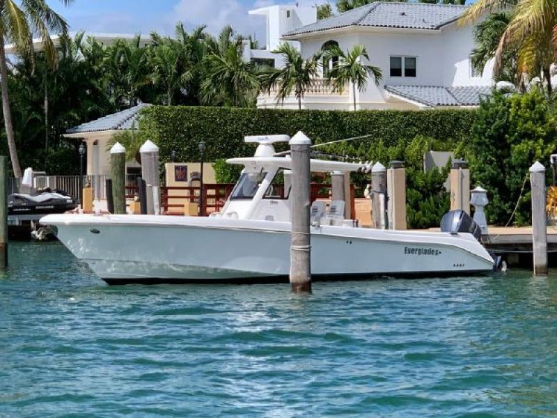 Everglades-320 CC 2012 -Miami Beach-Florida-United States-1564302-featured