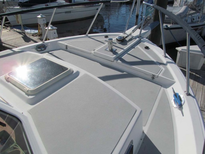 Bow Deck Starboard