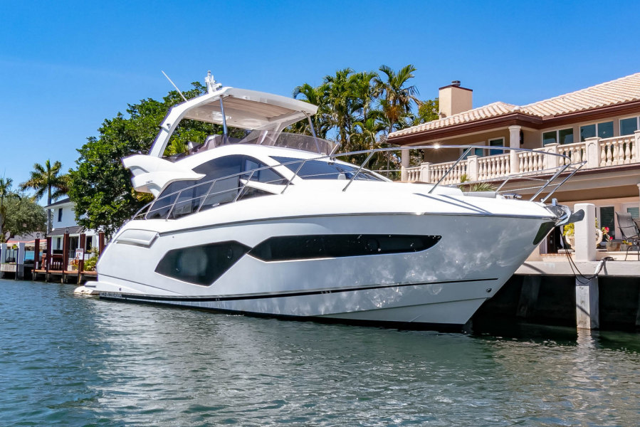 photo of 52' Sunseeker Manhattan 2018