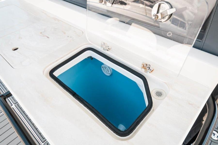 2019 Fountain 43 NX - Galati Yacht Sales Trade - Livewell