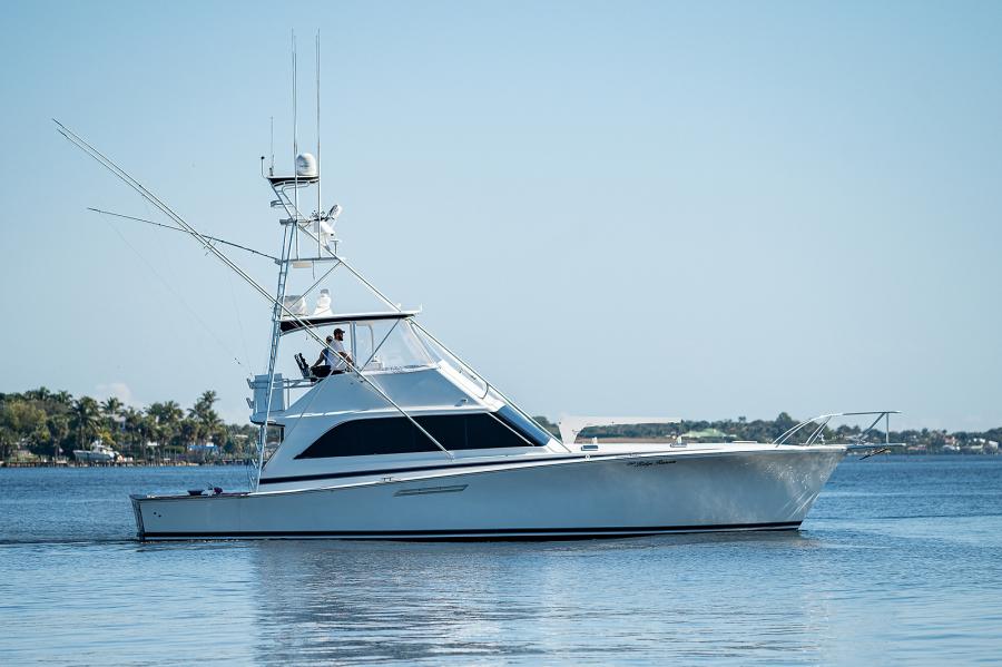 Ocean Yachts 55 - Blue Ridge Runner - Exterior Profile