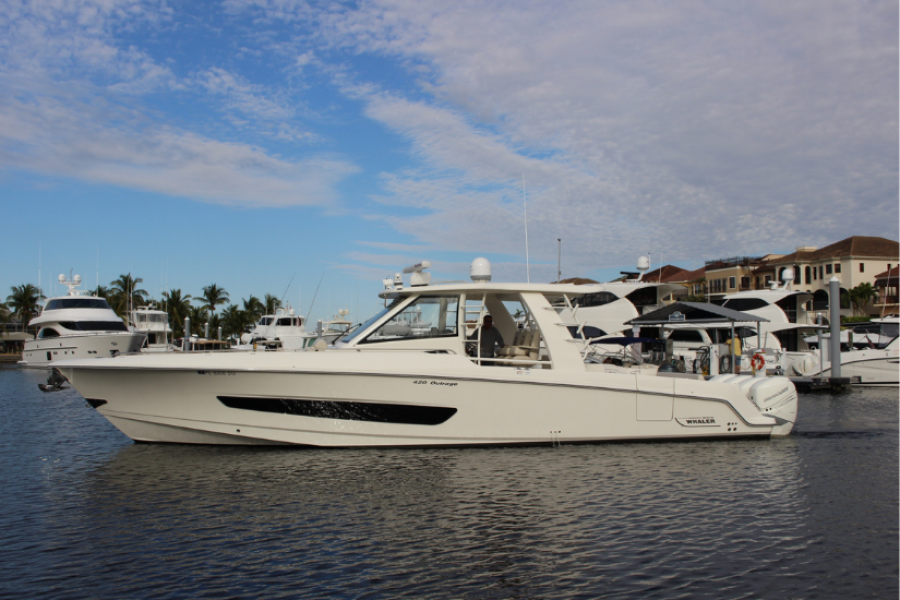 Boston Whaler-420 Outrage 2020-Lulu Fort Myers-Florida-United States-Boston Whaler 420 Outrage Profile-1583943-featured
