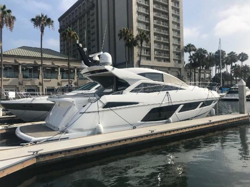 Sunseeker-Predator 2015 -Newport Beach-California-United States-1591496-featured