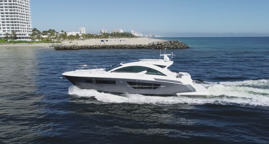 Photo of 60' Cruisers Yachts 2016