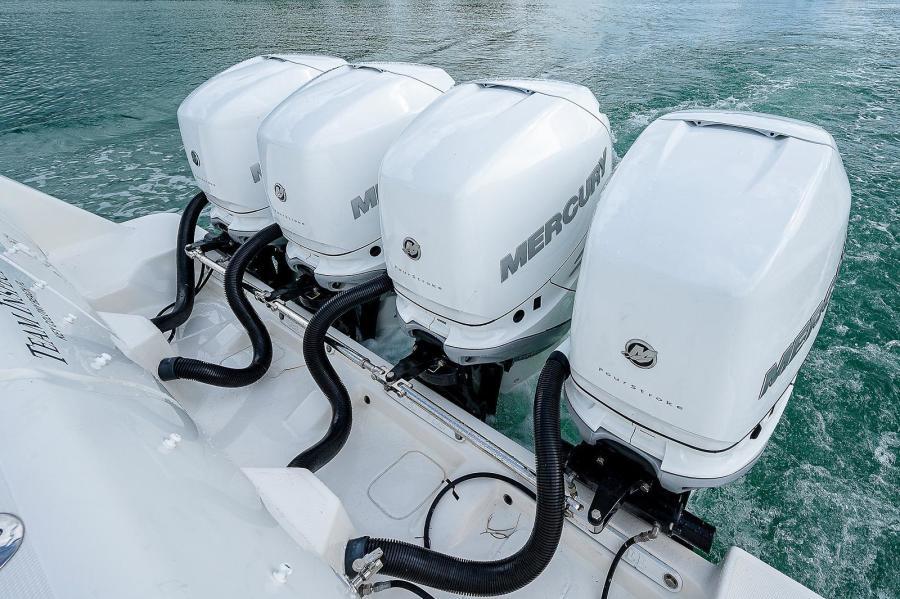 43 Sea Vee Plunger_Motors3